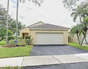 1521 Salerno Cir, Weston image