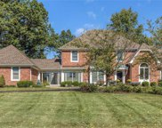 12045 Embassy Row, Town and Country image