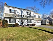 165 Voorhis Ave, Rockville Centre image