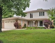 6410 Beckwith Road, Morton Grove image