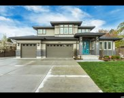 3951 S Oliver Dr E, Holladay image