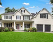 22 Sycamore Dr, Roslyn image