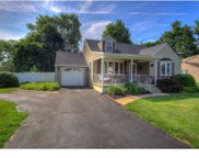105 Maple Avenue, Hatboro image