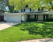 1722 Executive Lane, Glenview image