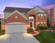 1561 GLENGARRY DR, Canton Twp image