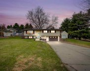 2706 Nightingale Ln, Cottage Grove image