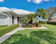 8524 E Garden Oaks Circle, Palm Beach Gardens image