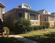5918 West Roscoe Street, Chicago image