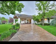 2414 E Oakhill Dr, Holladay image