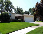 3004 Gloucester, Sterling Heights image