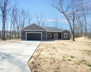 2557 Hickorynut Trail, Muskegon image