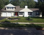 7070 Westview Drive, Worthington image
