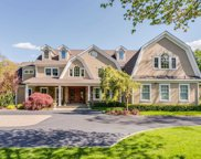 21 White Hill  Road, Cold Spring Hrbr image