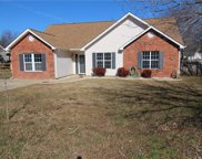 1016 Ridgefield  Circle, Indian Trail image