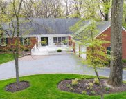 2045 Robinwood Lane, Riverwoods image