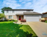 2207 Willowtree, Maumee image