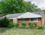 6735 North Kenneth Avenue, Lincolnwood image