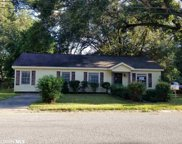 2400 Howell Ave, Mobile image