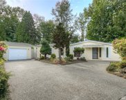 17225 Woodcrest Dr NE, Bothell image