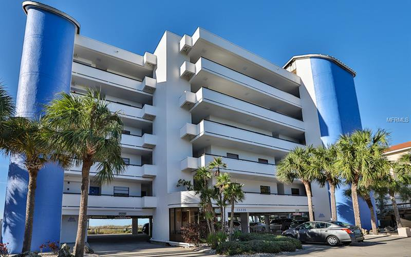 13336 Gulf Boulevard Unit 401 Madeira Beach Fl 33708 Mls U7845185 Chambre Pinellas County Real Estate For 1115 Sq Ft 2 Beds