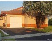 2051 NW 190th Ave, Pembroke Pines image