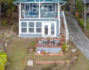 15724 Scenic Shores Dr SE, Yelm image