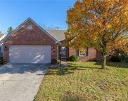6382 Hillview  Circle, Fishers image