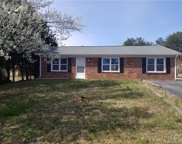 220  Valleybrook Lane, Troutman image