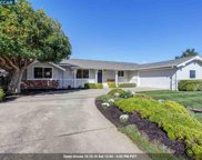 240 Los Felicas Ave, Walnut Creek image