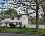 106 Fig  Street, Central Islip image