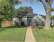 6701 Aimpoint Drive, Plano image