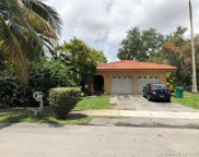 8770 Sw 64th Ave, Pinecrest image