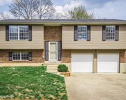 5401 Sprigwood Ln, Louisville image