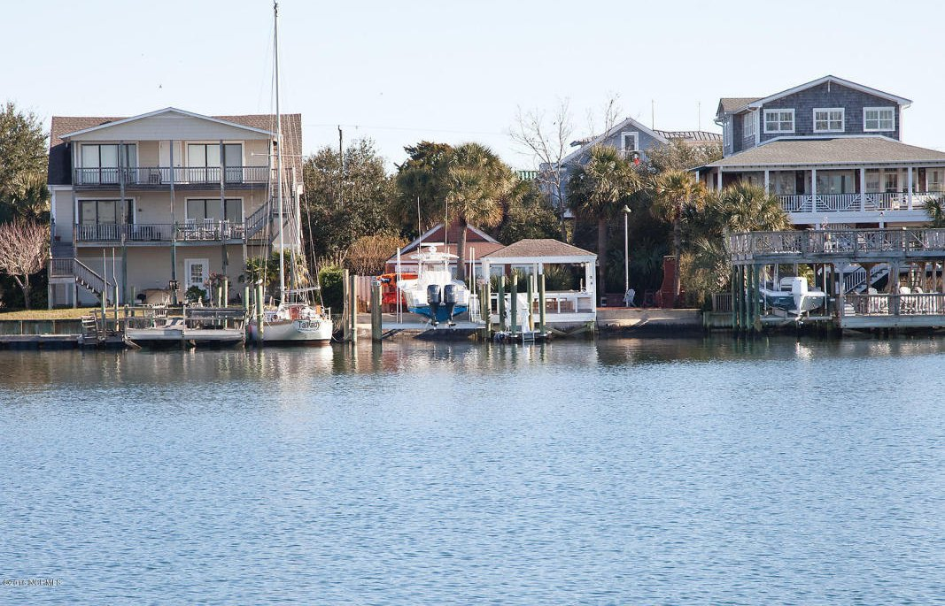 ... Boat Lake Washington in addition Boat Dock Wood Pier Designs. on house