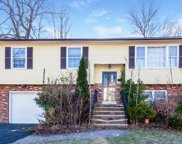 270 Terrill Rd, Plainfield City image