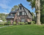20 Oak Ln, Glen Cove image