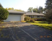 16566 West Apple Lane, Gurnee image