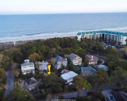 8 Moonshell Road, Hilton Head Island image