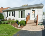 524 West Park Avenue, Libertyville image
