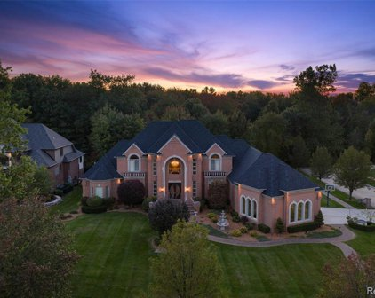 54459 QUEENSBOROUGH, Shelby Twp