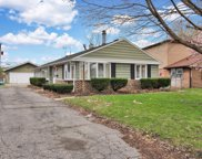9929 East Harnew Road, Oak Lawn image