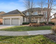 2025 Royal Ridge Drive, Northbrook image