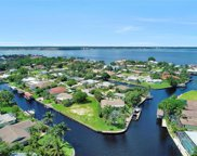 422 Parkway CT, Fort Myers image