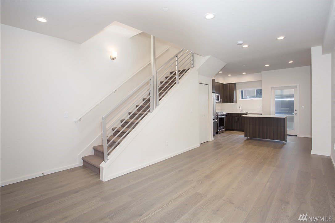 9036 14th ave nw unit c seattle wa crown hill mls 1265291 for 14th avenue salon