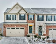 209 Noble Woods Dr, Moon/Crescent Twp image