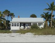 98 Sterling Ave, Fort Myers Beach image