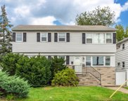735 Galloping Hill Rd, Union Twp. image