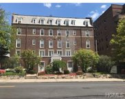 208 Centre Avenue Unit 2B, New Rochelle image