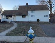 64 Tanager Ln, Levittown image