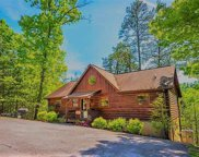 1648 Raccoon Den Way, Sevierville image